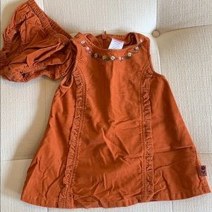 Perfect Fall dress for baby girl!